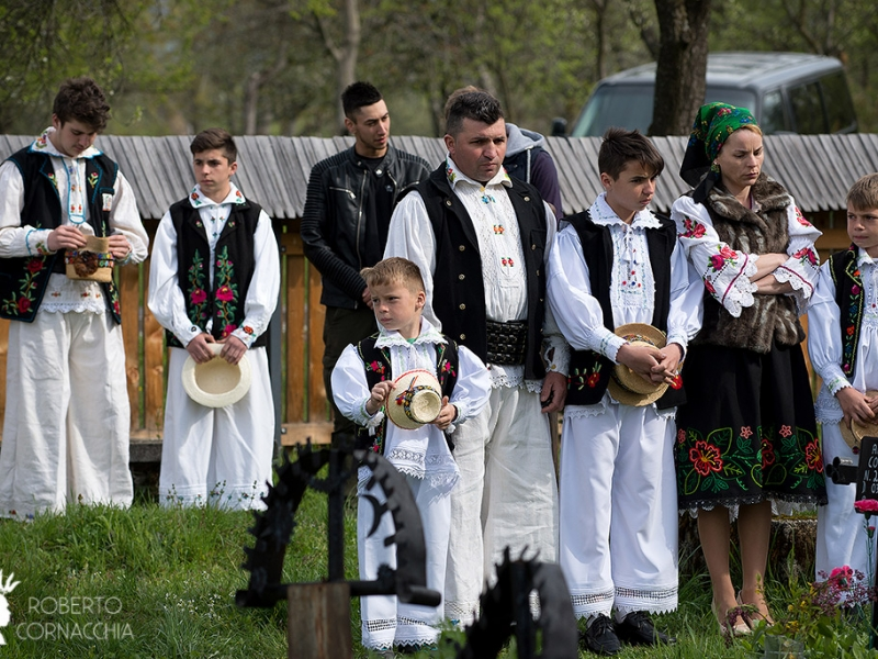 Matrimonio In Rumeno : Pianeta gaia viaggi maramures l europa rurale