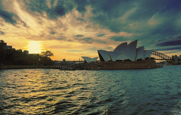 Una suggestiva veduta dell'Opera House di Sydney