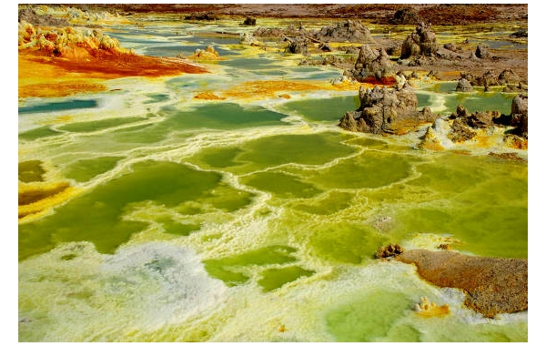 I colori surreali del Dallol
